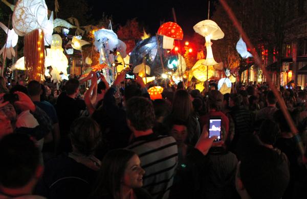 Olympia-Washington-Luminary-Procession-2013-27
