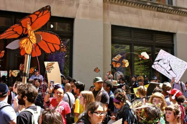 Gallery: Earth Day to May Day Solidarity!