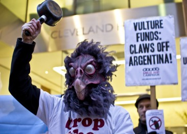 Vulture Funds: Claws off Argentina!